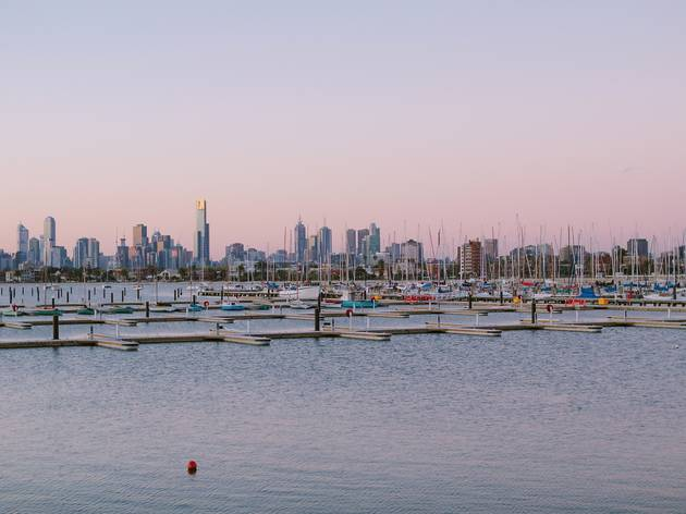 Where to see Melbourne's city skyline