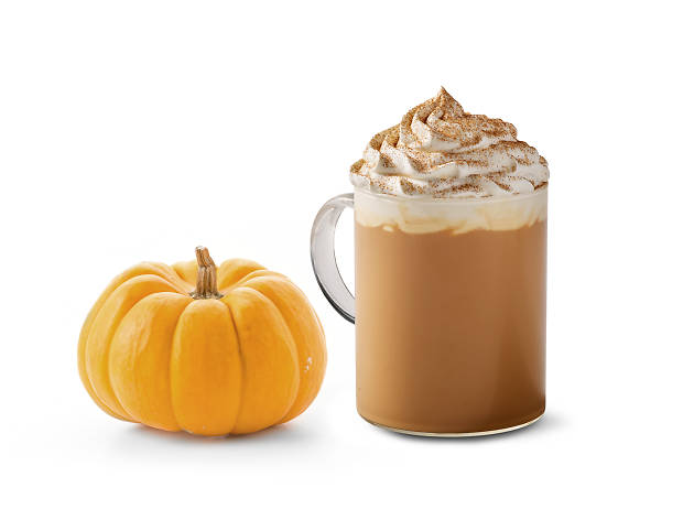 Heads up, basic bitches! Starbucks' Pumpkin Spice Latte is coming back!