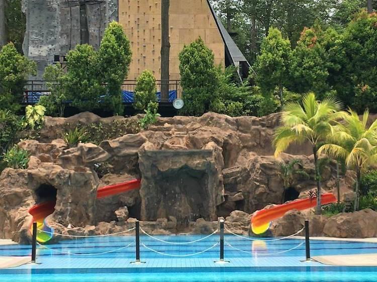 Swimming Pool @ Safra Yishun
