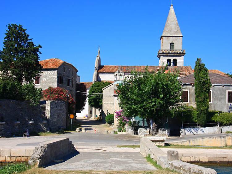 Explore historic Osor