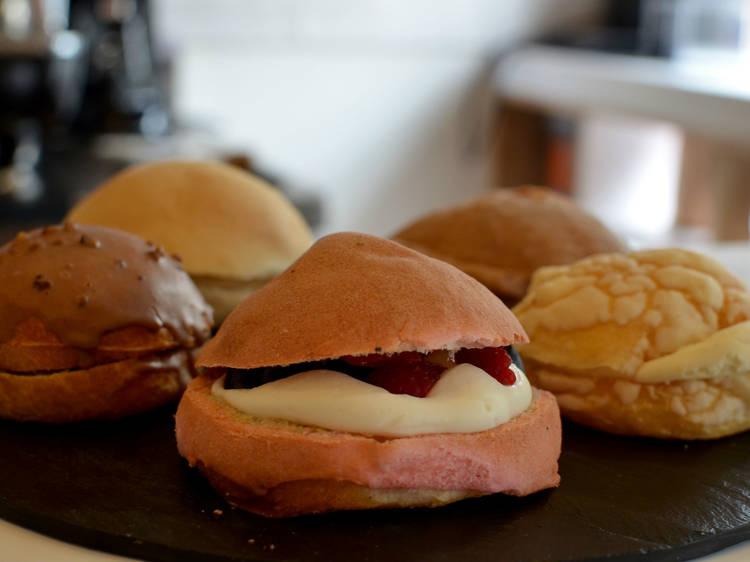 Enamórate del pan dulce en La Conchería