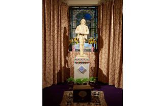 McDermott & McGough: The Oscar Wilde Temple review