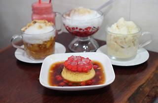 Vietnamese desserts an icey treats