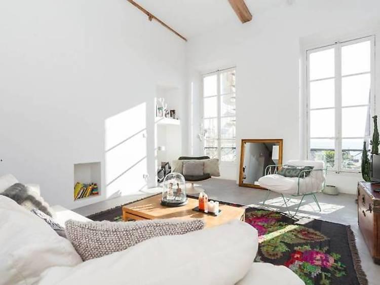 A stylish duplex loft with sea views