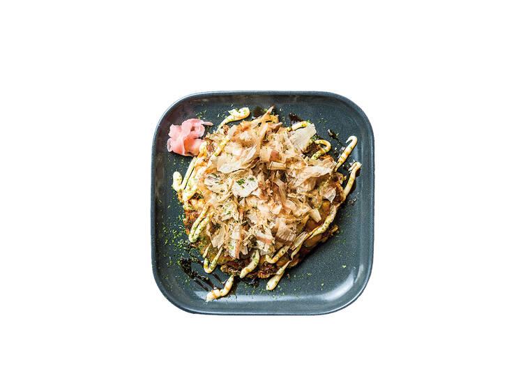 Três sítios para okonomiyaki