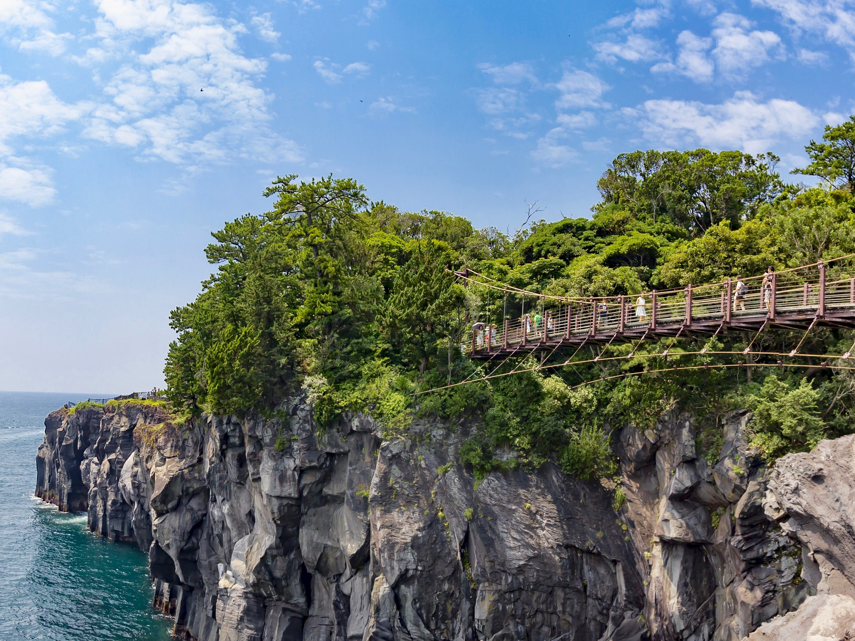 Greater Tokyo's best national parks and seaside retreats