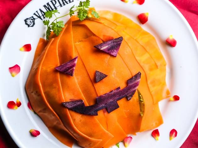 VAMPIRE CAFE halloween