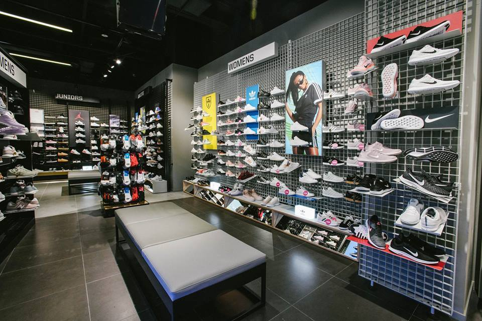 Jd Sports Shopping In Orchard Singapore