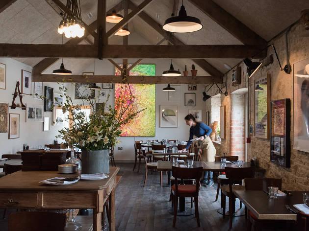 Roth Bar & Grill, Bruton