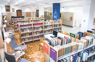 Biblioteca Arquitecto Cosmelli Sant'Anna
