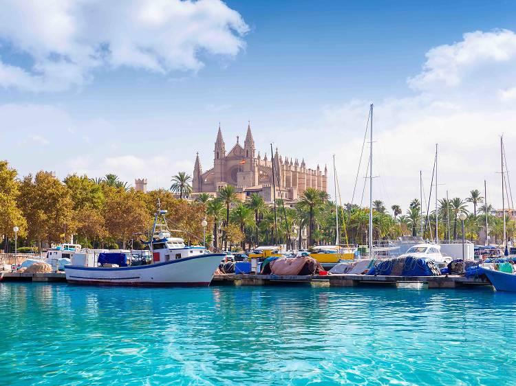 En vaixell per un dia (Mallorca)