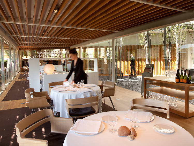 Fill up your senses with a three-Michelin-stars meal in Girona