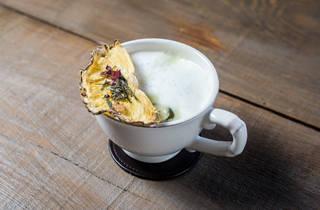 Erva - Cocktail Chá das Cinco