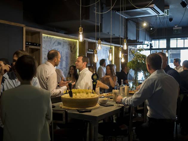 Bottles Wine Bar 1 (Massimo Rumi)