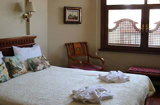 Emine Sultan Hotel & Suites