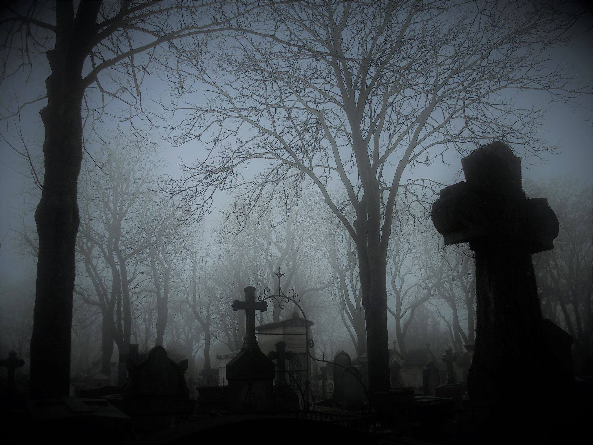 Mystérieux Père Lachaise avec un vampirologue – visite ésotérique