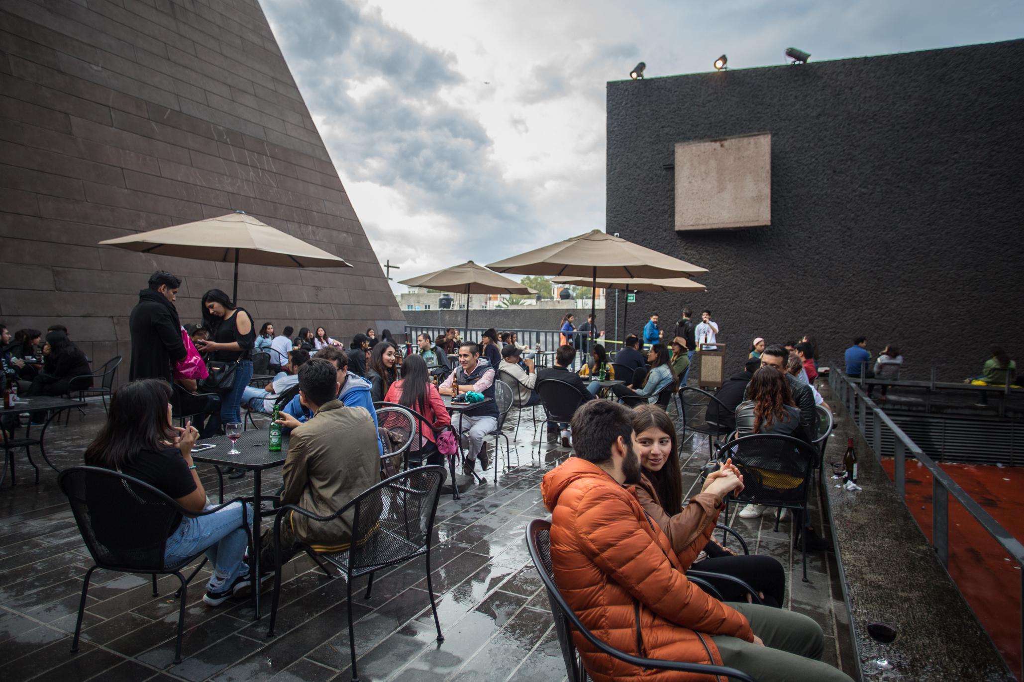 Terraza Cineteca Nacional (Foto: Alejandra Carbajal)
