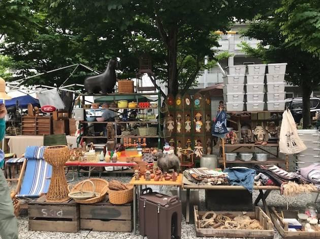 Tokyo Romantic Market
