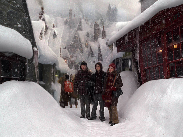 DO NOT REUSE. Hogsmede in the snow. Warner Bros Studio Tour campaign.