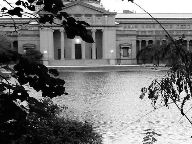 Chicago's Haunted Hyde Park Walking Tour