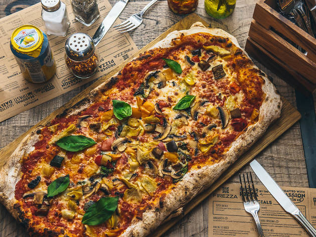 Do not reuse. Firezza for Deliveroo pizza-makers campaign