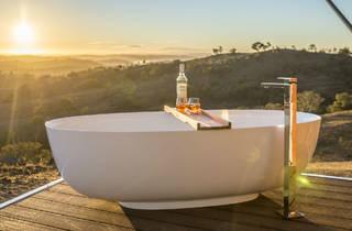 Bath tub at Sierra Escape glamping in Mudgee