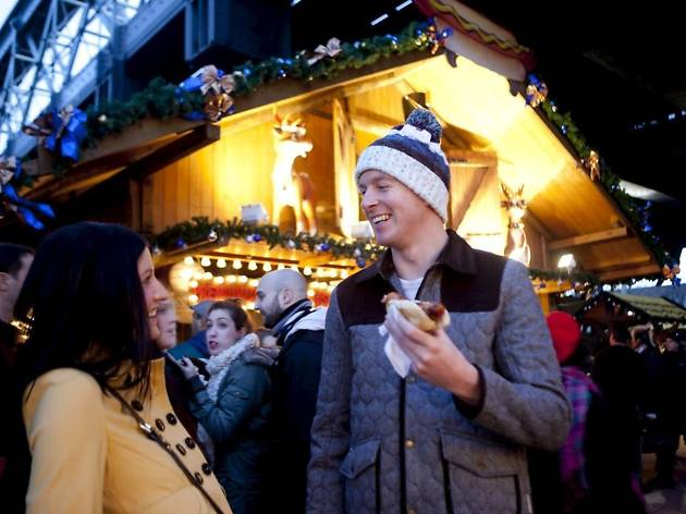 Save money in London over the festive period with these 9 nifty tips