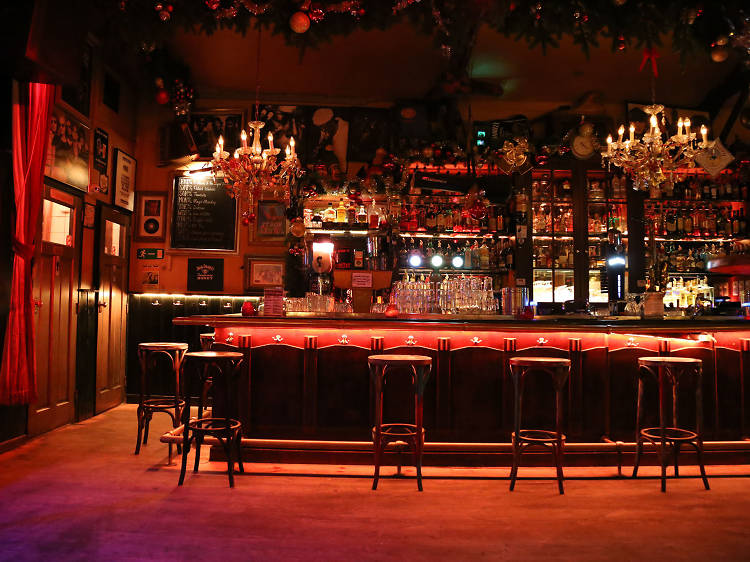 12 bars in Amsterdam you must drink at