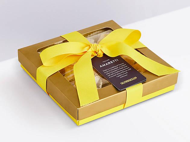 Xmas gift guide foodies: Selfridges amaretti biscuits, 2018