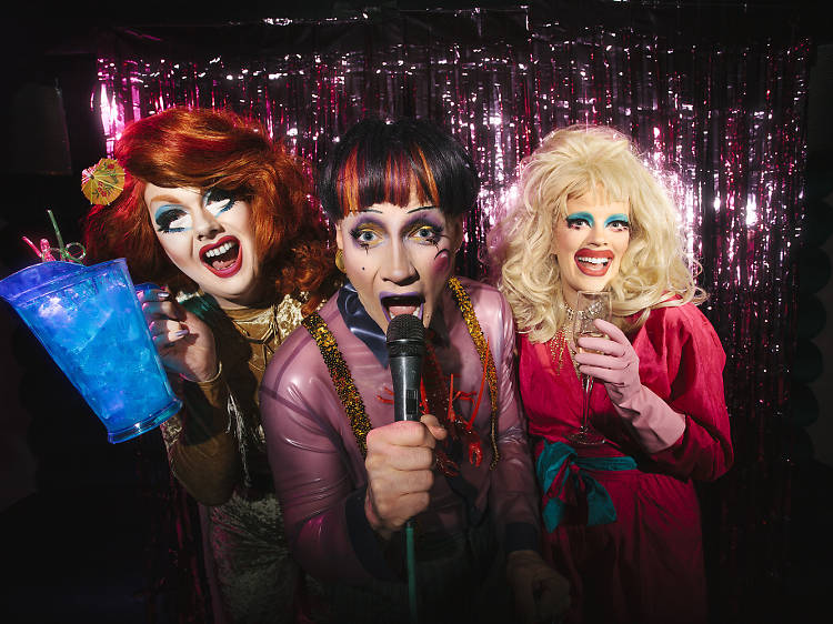 The karaoke bar hosted by drag queens