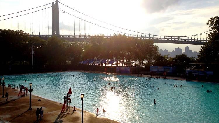 Astoria Park Pool