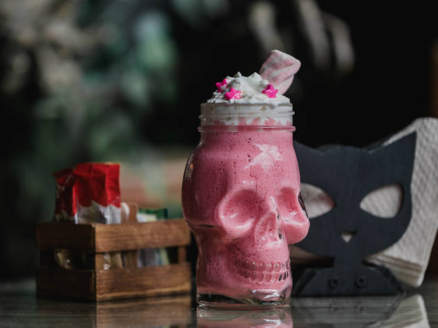 Smoothie bruja del norte de Salem Witch Coffee