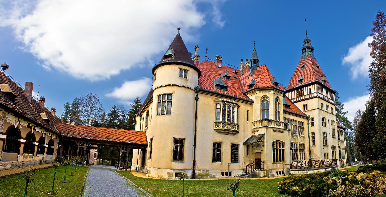 Ten amazing castles in Croatia