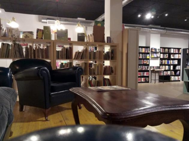 La Lumbre Librería