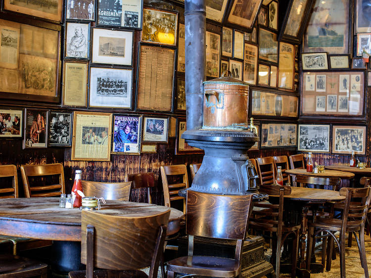 McSorley's Old Ale House (1854)