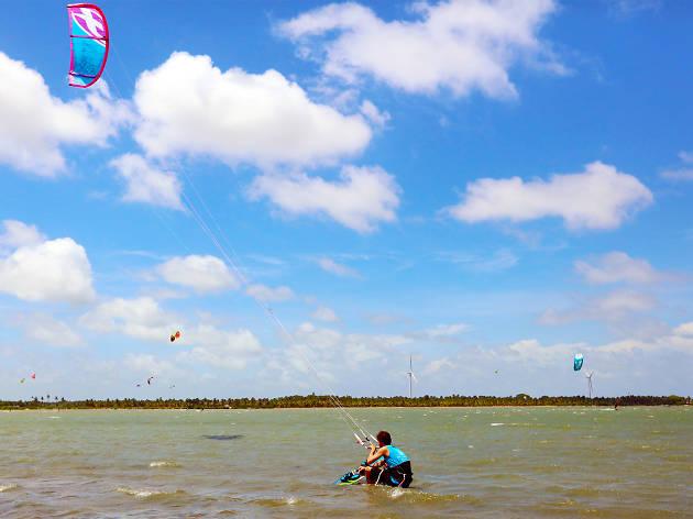 Kalpitiya Kite Surfing