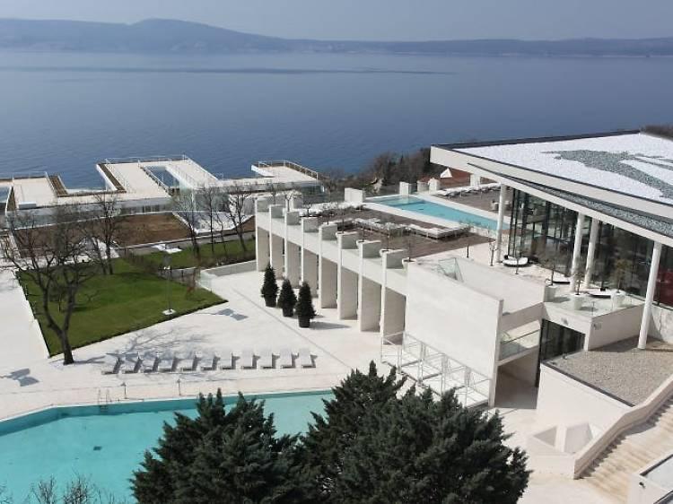 2 nights at Hotel The View, Novi Vinodolski for €224 (save 35%)