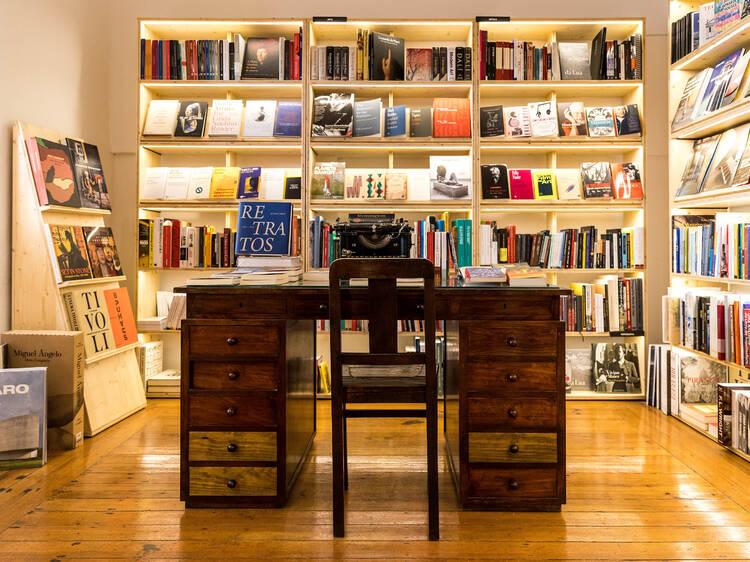 Gosta de livros? Descubra os clubes de leitura e tertúlias em Lisboa