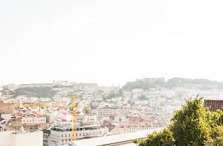 miradouro, miradouro de são pedro de alcântara, turismo, vista de lisboa, sol, verão