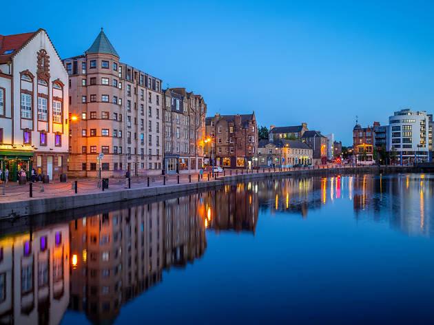 Entre los 50 barrios más cool del mundo está Leith en Edimburgo