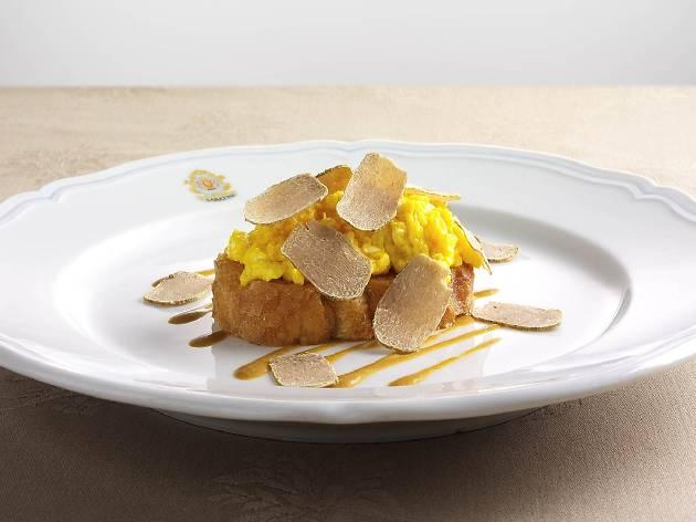 The best restaurants in Hong Kong for white truffles right now