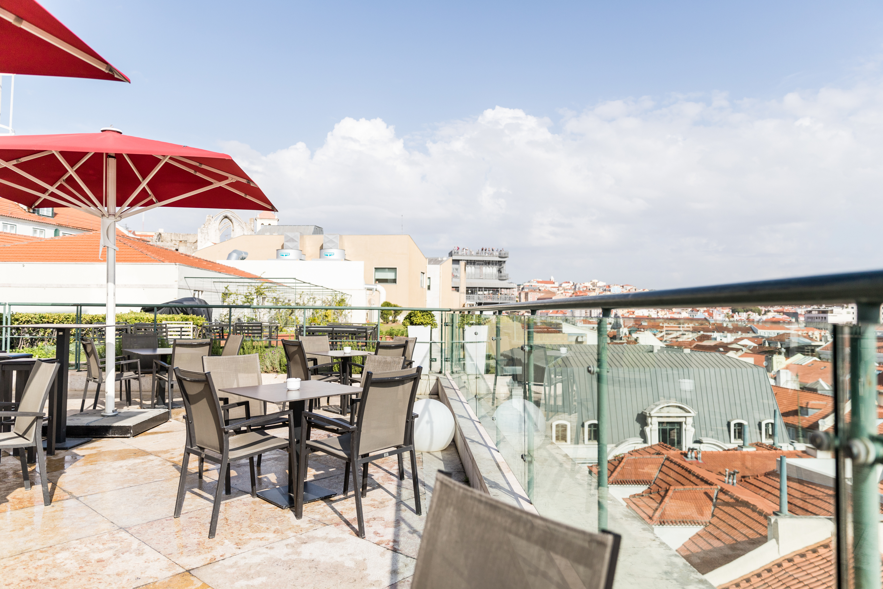 Entretanto Rooftop Bar - Hotel do Chiado