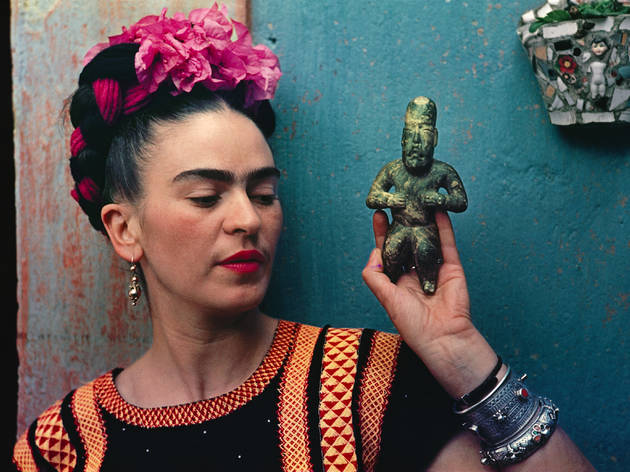 Afternoon tea at Baglioni Hotel and tickets to 'Frida Kahlo: Making Herself Up'