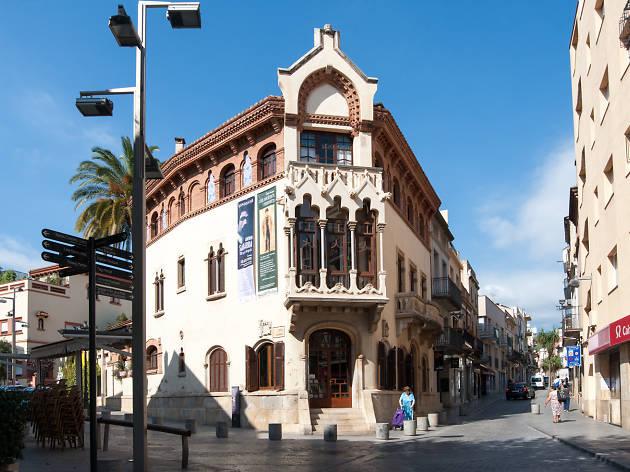 Ruta pels edificis romans i modernistes del Maresme