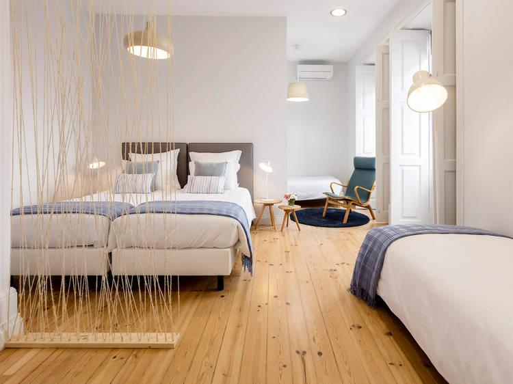 Penedo da Saudade - Suites & Hostel