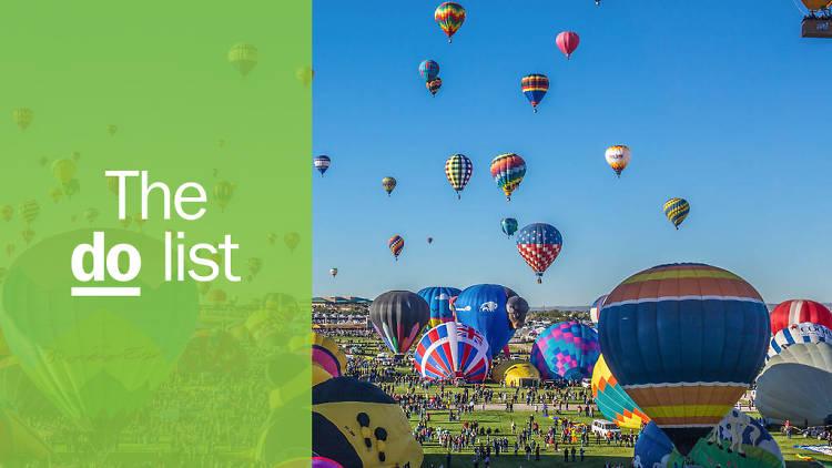 Mass ascension begins at the annual Albuquerque Balloon Fiesta. lbuquerque, NEW MEXICO