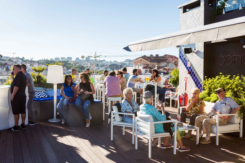 Rooftop Bar - Hotel Mundial