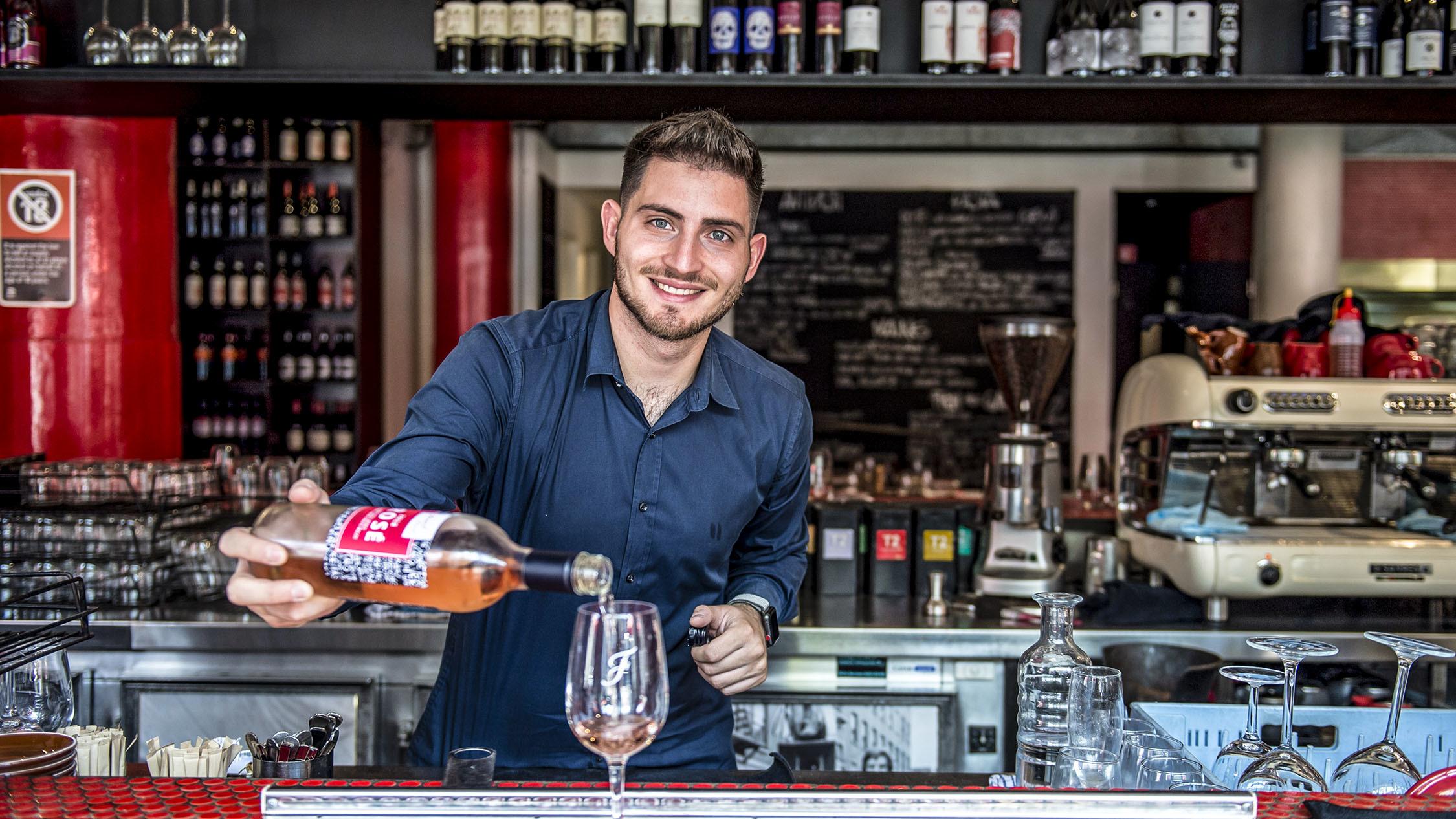 Bartender at Fratelli Fresh Walsh Bay
