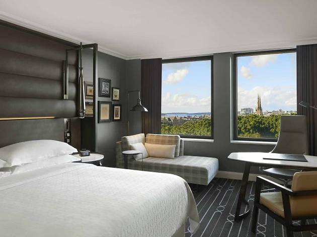 Sheraton Grand Sydney suite