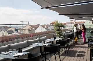 Lumi Rooftop Bar & Restaurant